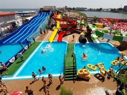 Book At Hotel Aqua Park Eforie Eforie Nord Romania Accommodation