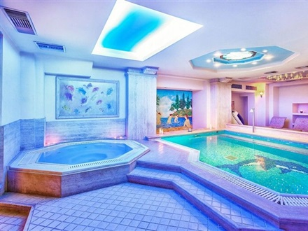 Wellness Fitness Center, pool