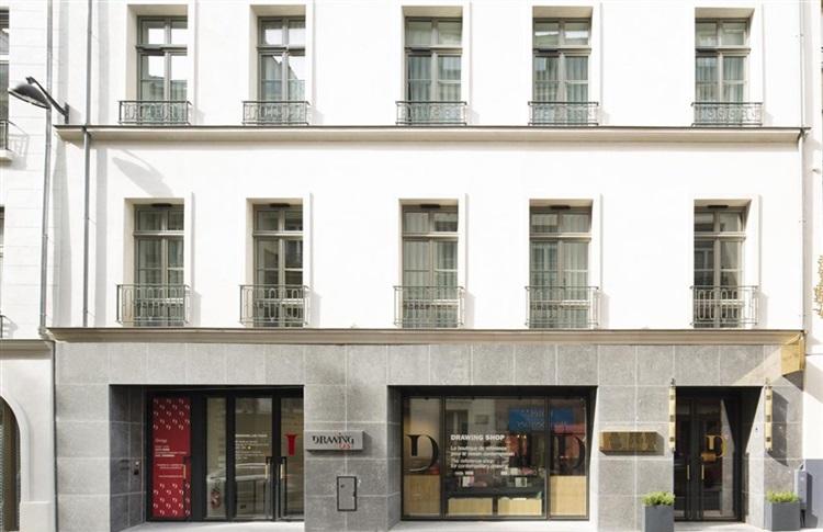 Book at drawing hotel paris ile de france france for Seven hotel paris booking
