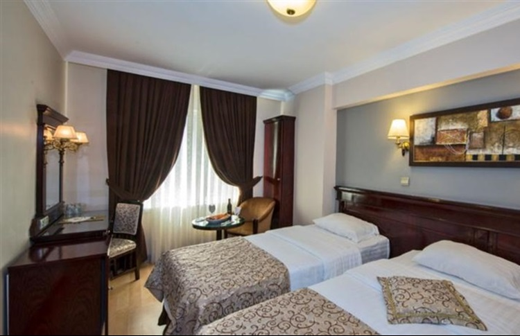 Book at laleli gonen hotel istanbul istanbul region turkey for Istanbul family suites laleli