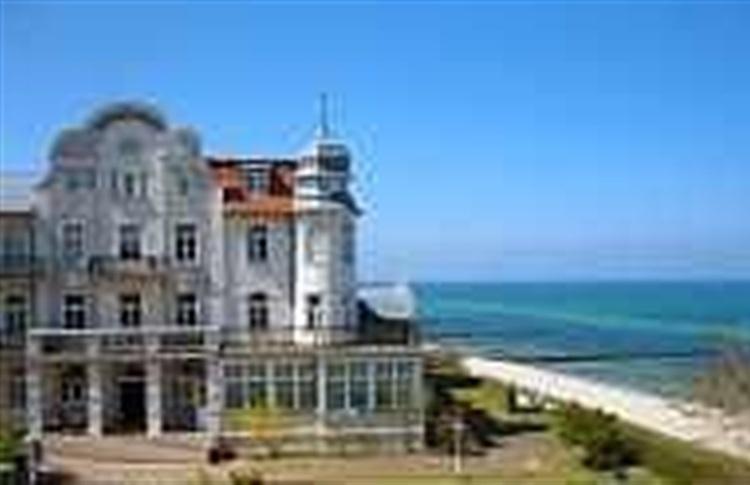 Hotel Schloss Am Meer Booking Com