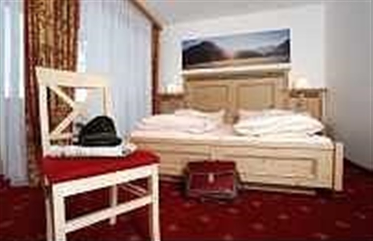 hotel bold oberammergau bavaria germania oferte cazare. Black Bedroom Furniture Sets. Home Design Ideas