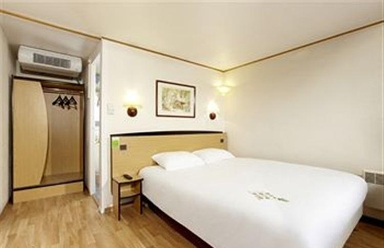 inter hotel morlaix quest morlaix bretania franta. Black Bedroom Furniture Sets. Home Design Ideas