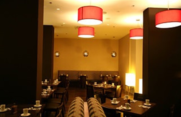 Book at century plaza hotel spa vancouver vancouver bc for A salon century plaza