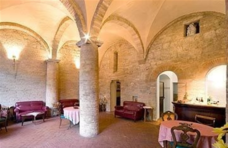 la cisterna single personals Hotel la cisterna this is a preferred partner property it's committed to giving guests a positive experience with its excellent service and great value.