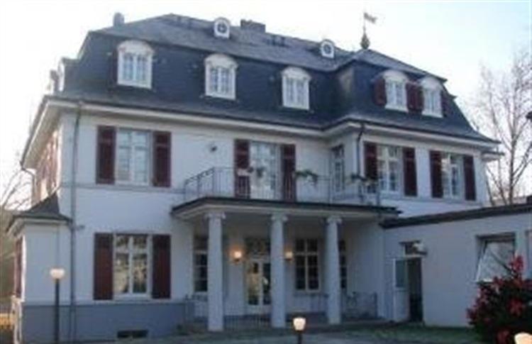 Villa Pool Sauna Kassel