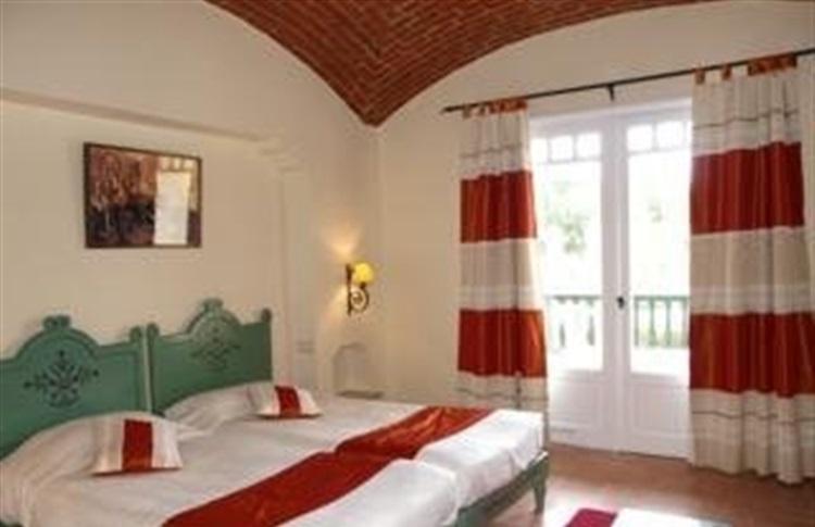 book at sun fun sandra club hammamet yasmine hammamet. Black Bedroom Furniture Sets. Home Design Ideas
