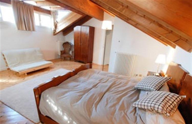 Book at casa dei giacinti two bedroom padova emilia - Giacinti in casa ...
