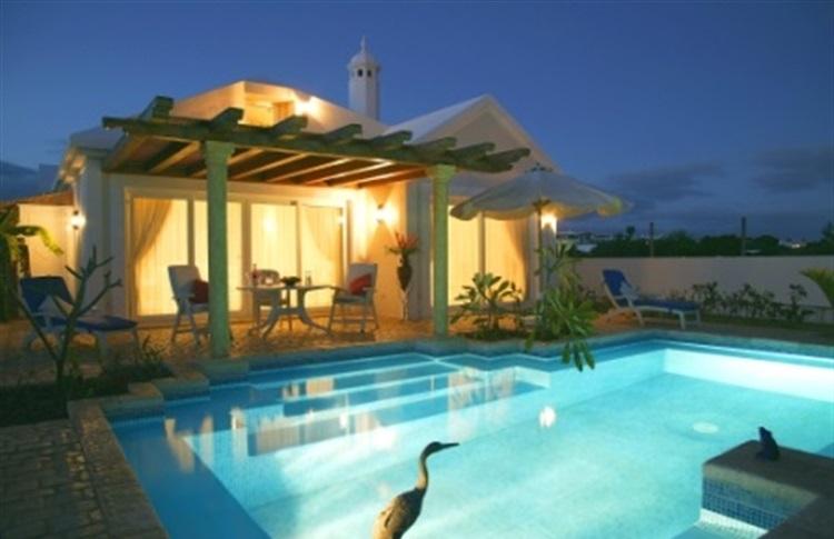Book at hotel alondra and suites villas alondras puerto for Villas con piscina privada en fuerteventura