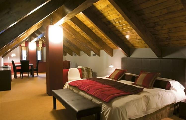 Hotel el privilegio de tena pyrenees aragon aragon spania - Hotel privilegio de tena ...