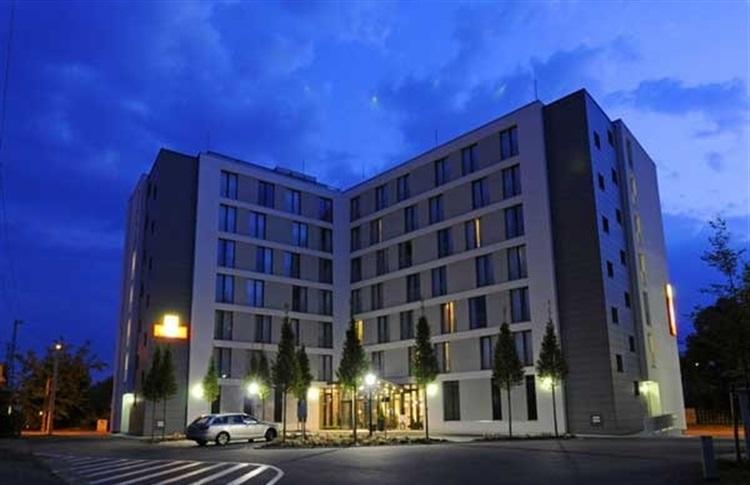 L hotel altstadt dresden freistaates sachsen germania for Dresden hotel altstadt