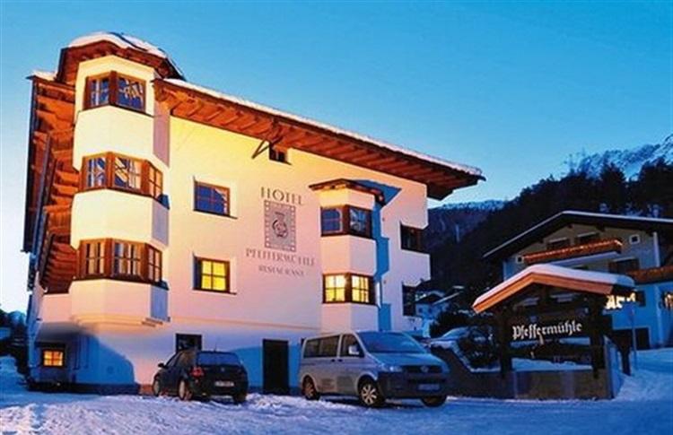 Hotel Zur Pfeffermuhle St Anton
