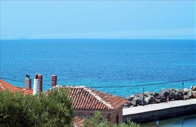 Loutra Beach Hotel Greece