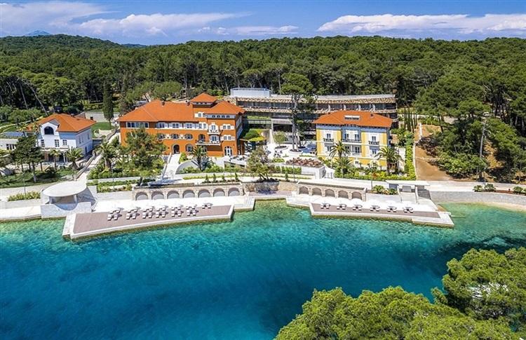 Book at hotel boutique hotel alhambra mali losinj island for Boutique hotel intermezzo 4 pag croatie